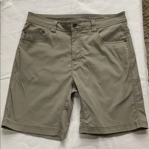 Prana men's shorts SZ 33